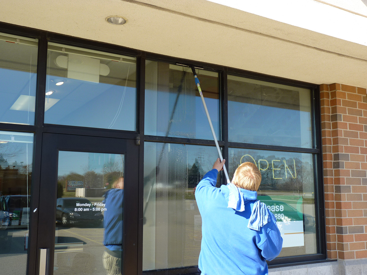 Commercial window cleaning usi for Window washing